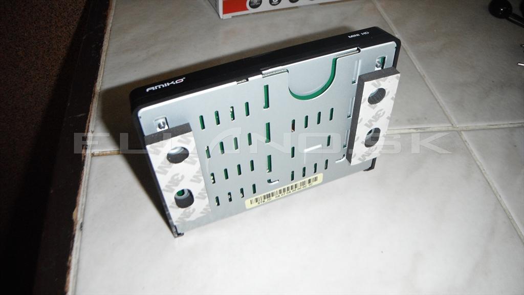 Amiko Mini HD spodná strana